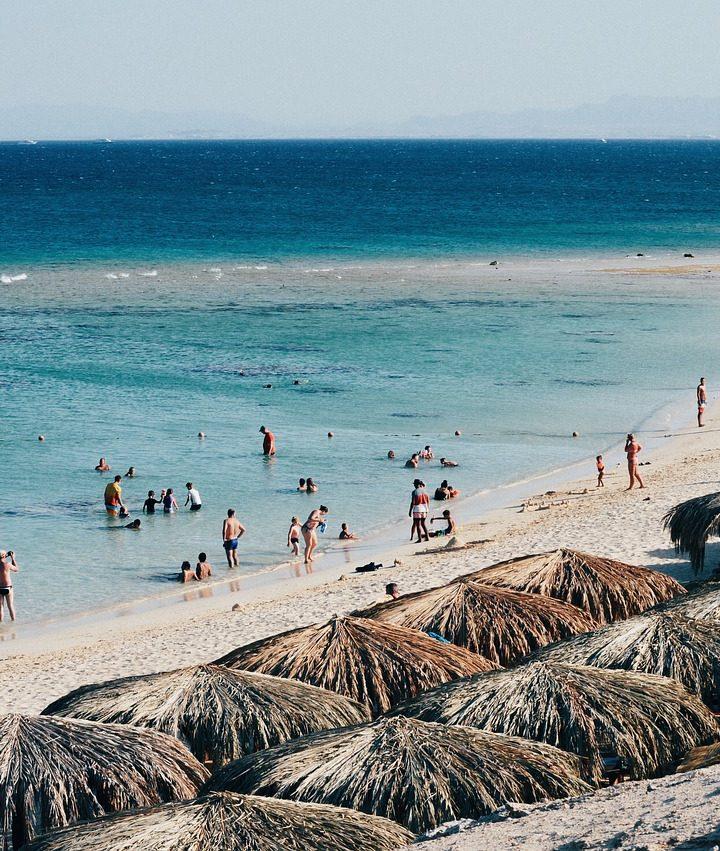 Ako sa pri výbere letnej dovolenky nepopáliť a vybrať si dovolenku, s ktorou budeme spokojní?